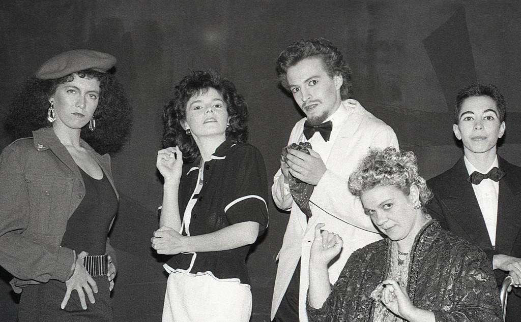 1987_Petits fours, caviar et chewing-gum